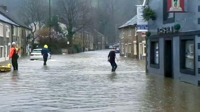 Наводнения на северо-западе Великобритании