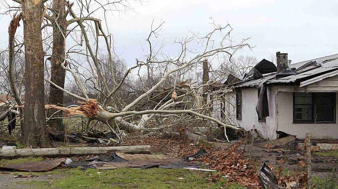 ارتفاع حصيلة ضحايا العواصف في الولايات المتحدة الأمريكية