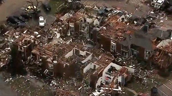 Nouvelles tornades dans le sud des Etats-Unis, au moins 8 morts au Texas