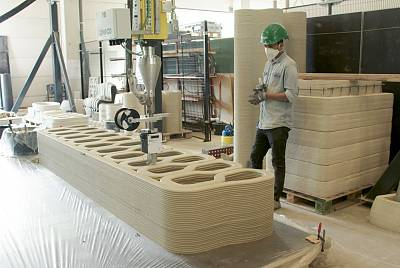 A 3D printer at Eindhoven University of Technology printing concrete for a bridge construction project.