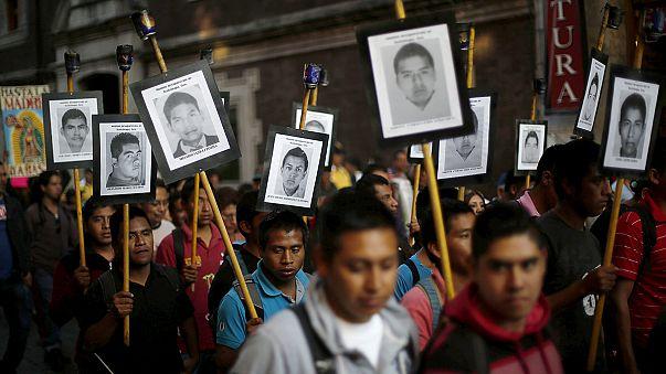 المكسيك: عائلات الطلبة المفقودين تطالب السلطات بكشف الحقيقة
