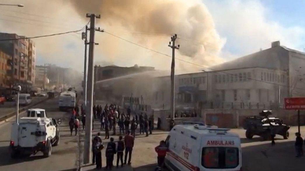 Krieg in der Türkei? Baby und Opa in Cizre getötet