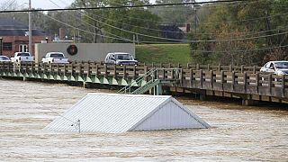 Etats-Unis : au moins 28 morts dans des tornades et tempêtes