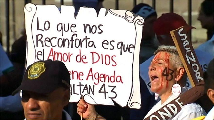 راهپیمایی جدید والدین دانشجویان ناپدید شده مکزیکی