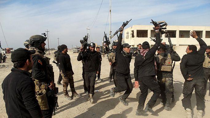 Irak ordusu Ramadi'nin güvenliğini sağlamaya çalışıyor