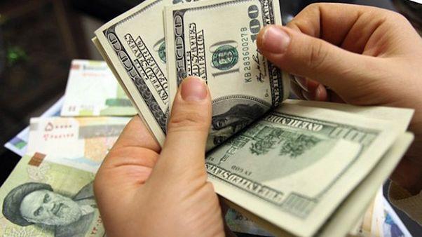 احتمال کاهش نیافتن قیمت دلار پس از رفع تحریم ها در ایران
