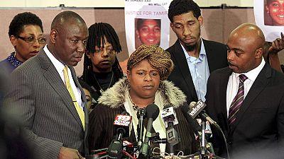 EUA: jurí iliba polícias envolvidos na morte de jovem negro