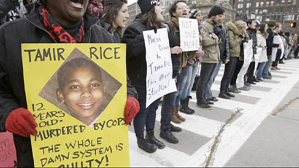 EUA: absolvidos os polícias envolvidos na morte de criança de 12 anos