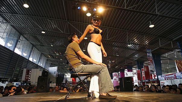 Switzerland to stop strippers' work permits