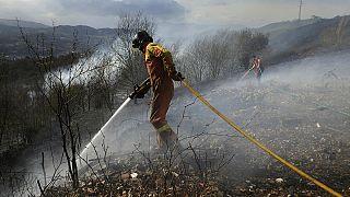 Controlados la mayoría de los centenares de incendios en el norte de España