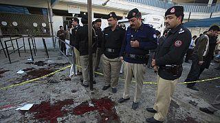 Pakistan blast leaves 21 people dead