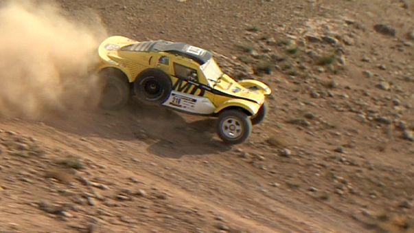 Yuriv Sazonov gana la primera etapa de la Africa Eco Race en la categoría de coches