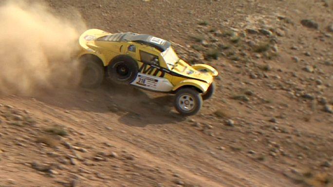 الكازاخستاني يوري سازونوف يفوز بالمرحلة الأولى لرالي السيارات أفريكا إيكو رايس