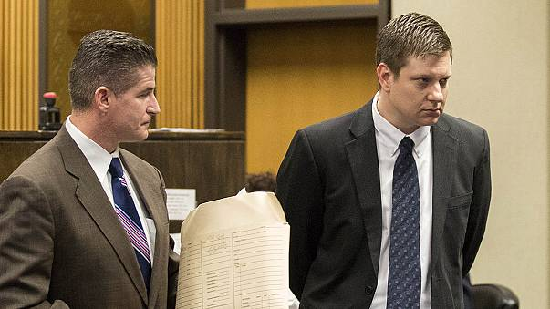 Chicago police officer pleads not guilty to murdering black teen