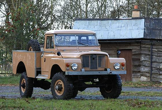 Cost finally takes the Land Rover Defender off the road | Euronews