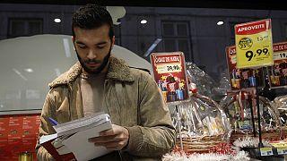 Portugal:Deco pede consumo responsável depois de excessos do Natal