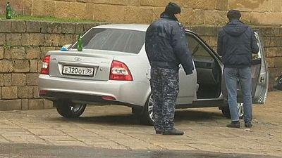 Russia: Manhunt underway after deadly gun attack on sightseers
