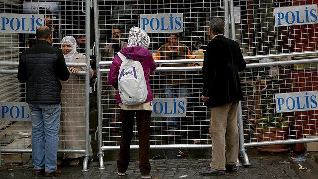 """Davutoğlu: """"Kamu düzeni ihdas edilecek, bunun pazarlığı olmaz"""""""