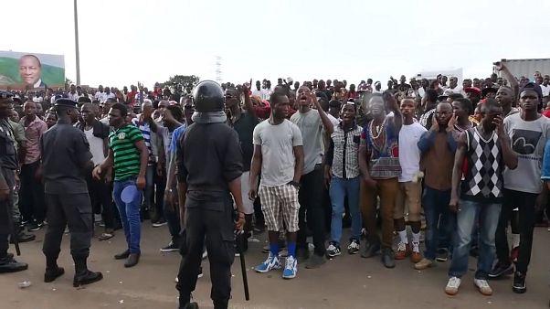 Guinea celebrates end of ebola