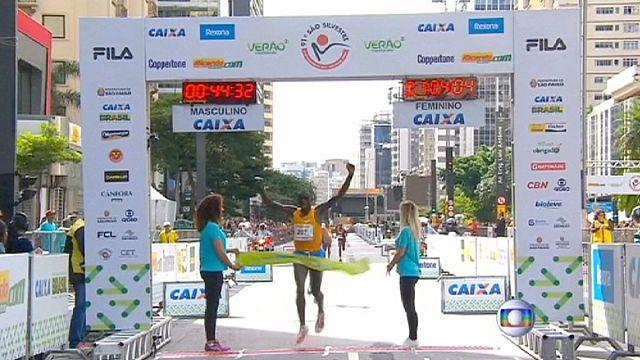 Sao Paolo Maratonu'nda ipi Biwot ve Ayalew göğüsledi