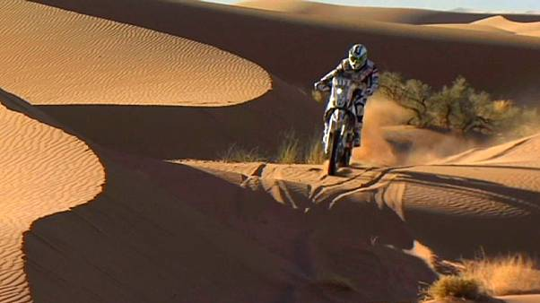 Africa Eco Race: мотогонщица впервые вошла в тройку на этапах топ-ралли