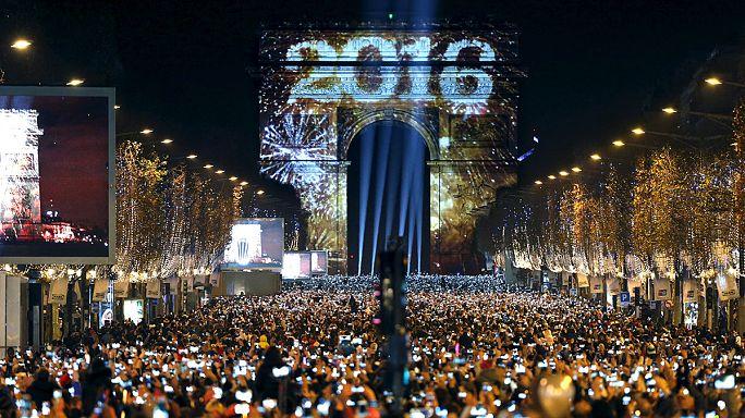 Мир встречает Новый 2016 год
