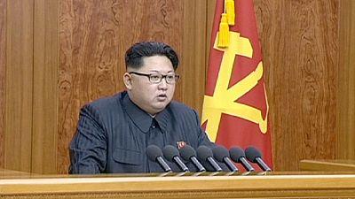 """Kim Jong-Un menace d'une""""guerre sainte"""" les éventuels agresseurs de la Corée du Nord"""