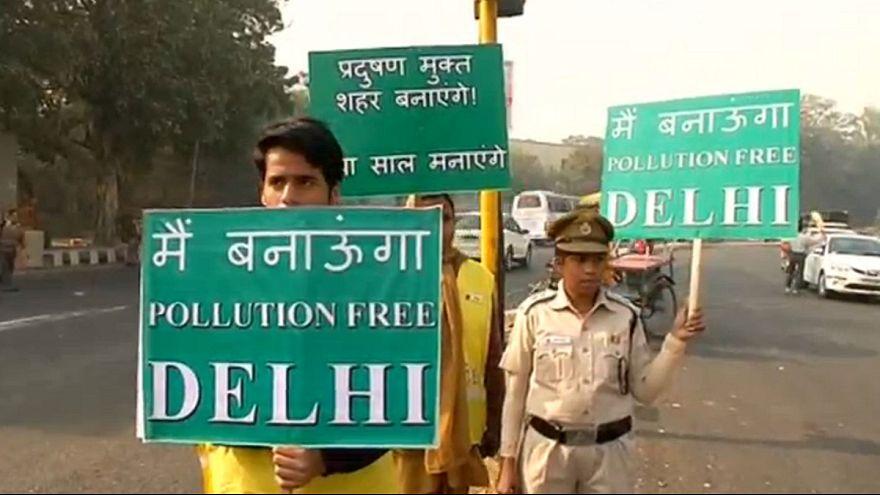 Nueva Delhi impone el tráfico alterno para reducir la contaminación