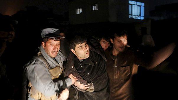 Al menos 4 heridos en el ataque talibán contra un restaurante francés en Kabul.