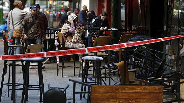 Lövöldöztek egy bárban Tel-Avivban
