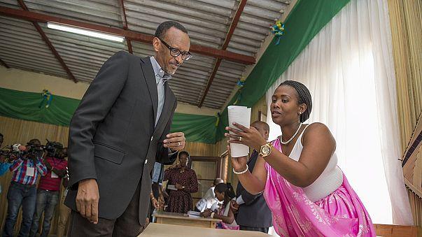 El presidente de Ruanda optará a un tercer mandato en 2017