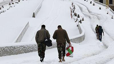 """Libano: """"meglio neve e freddo delle bombe"""", il dramma dei rifugiati siriani"""