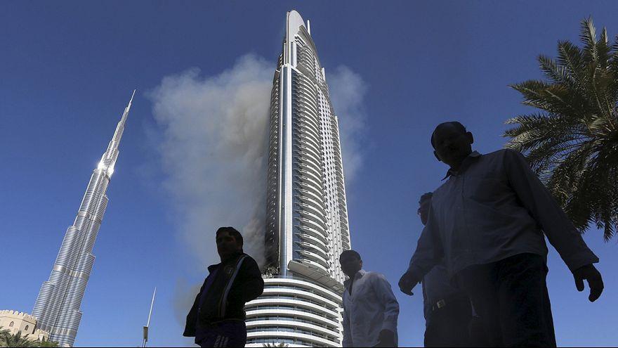 Lángokban állt Dubajban a luxushotel