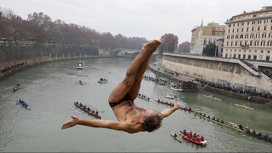 Roma: nuotare fino al 2016