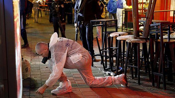 В Тель-Авиве ищут преступника, расстрелявшего людей в кафе
