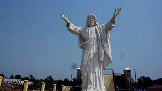 Nigeria : une statue monumentale à la gloire de Jésus