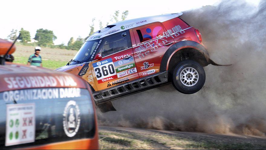 Dakar Rallisi'nde start verildi