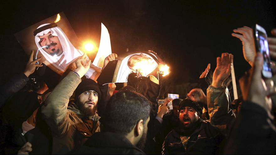 Ira e proteste degli sciiti contro l'Arabia Saudita per l'esecuzione dell'imam Al-Nimr