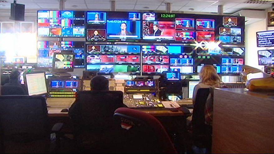 Diretores de canais de televisão e rádio pública polaca demitem-se em defesa da liberdade de expressão