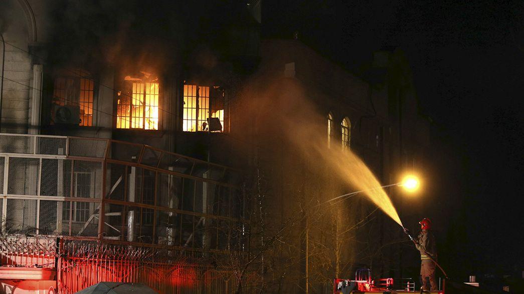 Embaixada da Arábia Saudita em Teerão foi atacada.