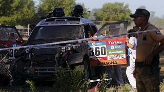 Dakar Rally 2016: 10 injured as car hits spectators during prologue