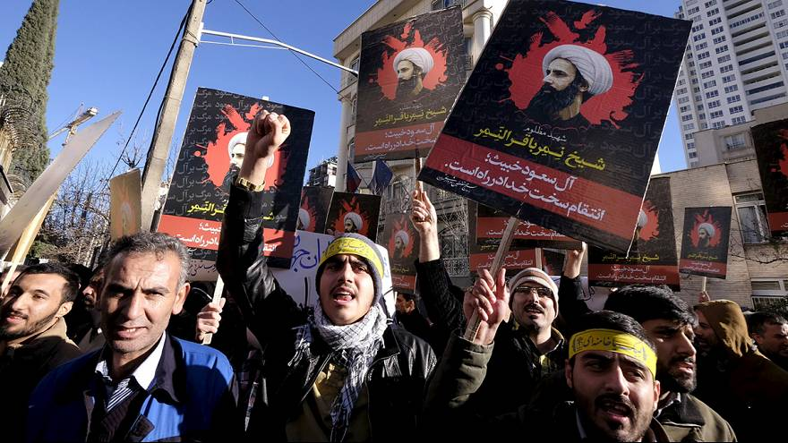 Iranians protest against Saudi execution of Shi'ite cleric al-Nimr