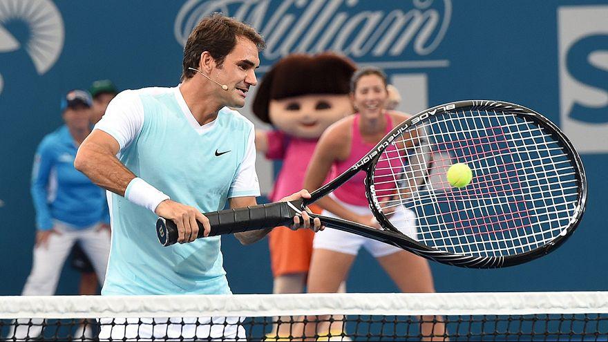 Federer und der übergroße Schläger