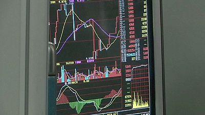 Börsencrash in China, Handel ausgesetzt - kalte Dusche für Europas Börsen