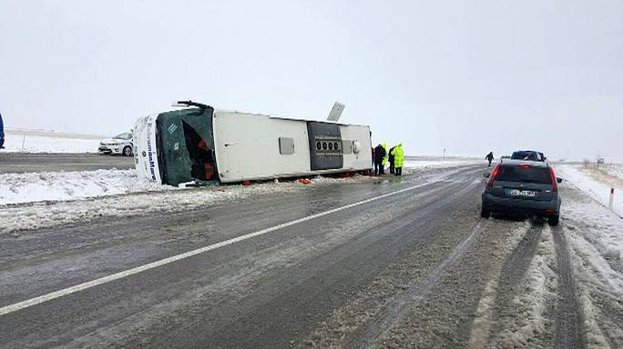 Deadly bus crash in snow-hit Turkey