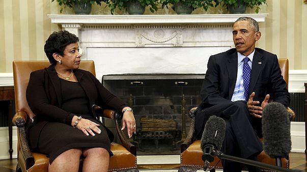 أوباما عازم على مكافحة حيازة الأسلحة النارية