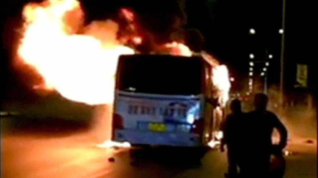 17 muertos en el incendio provocado de un autobús urbano en el noroeste de China