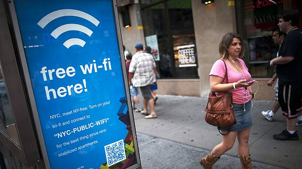 Wi-Fi kiosks to replace dormant payphones in New York