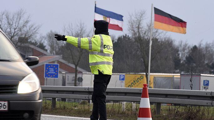Menekültválság: csak érvényes okmánnyal lehet belépni Svédországba és Dániába