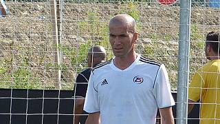Real Madrid: Zinedine Zidane takes charge of first training session